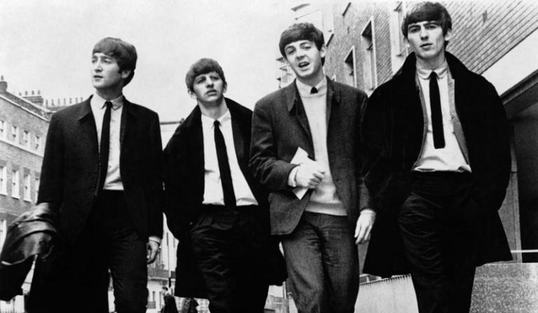 """Czy odgadniesz tytuł piosenki """"The Beatles"""" po fragmencie tekstu?"""