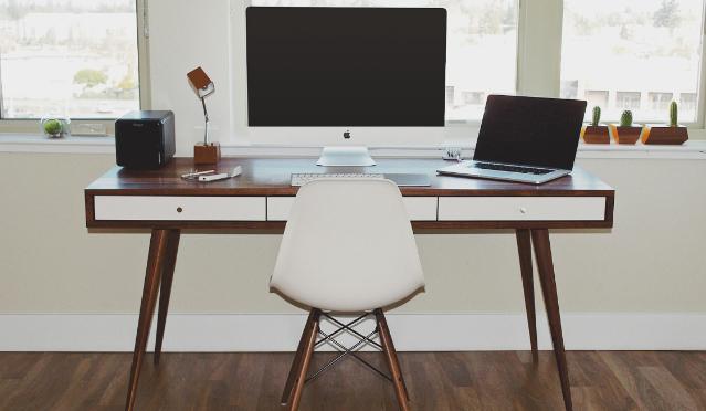 Jakie biurko do Ciebie pasuje?