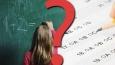 """9 pytań z serii """"Co wolisz?"""" z kategorii szkoła."""