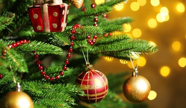 Czy rozpoznasz świąteczne piosenki po zdjęciach?